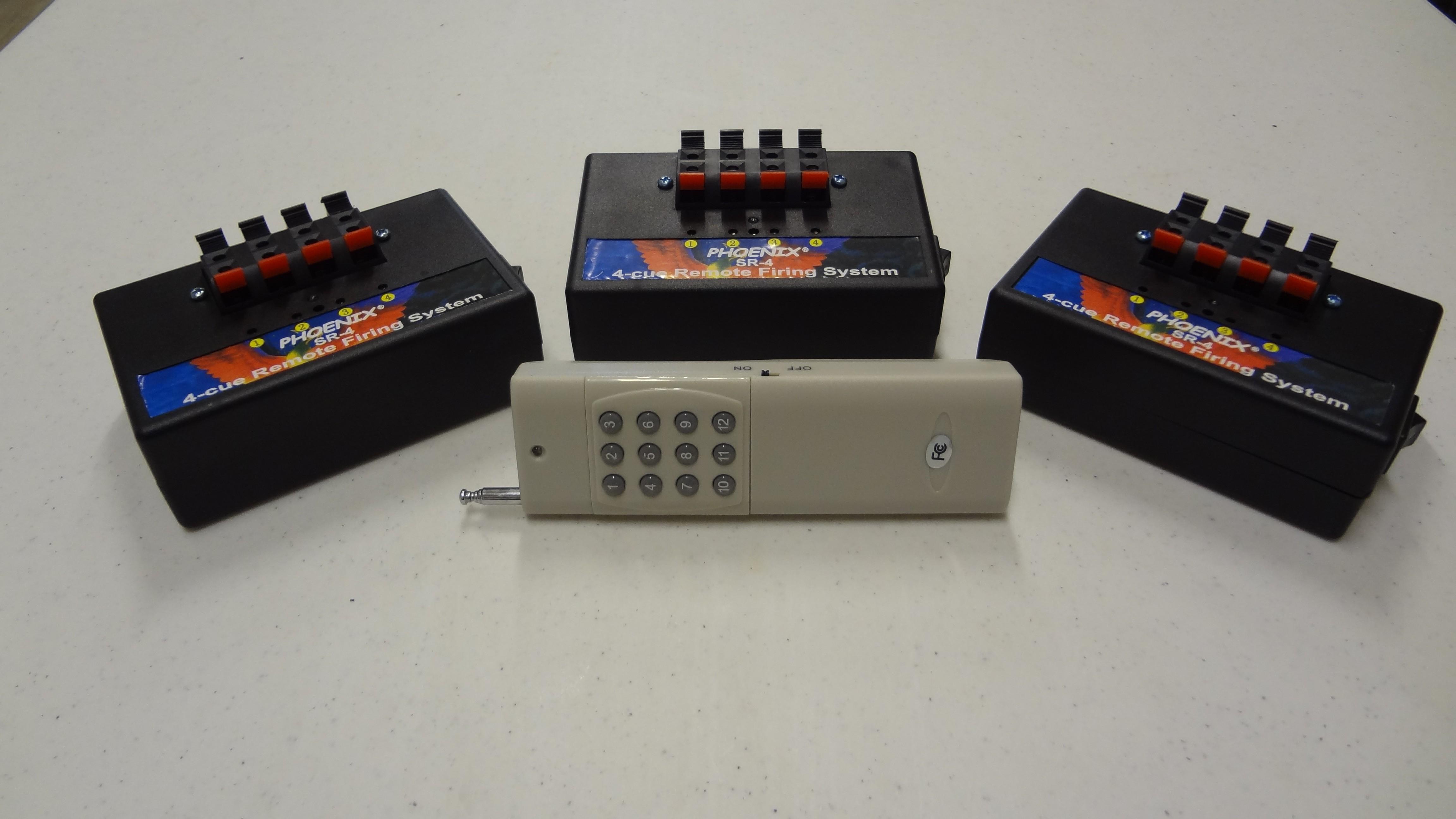 SR-4x3 12-cue Firing System